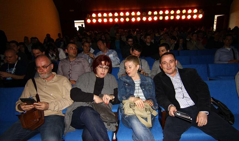 webdan13-publika2